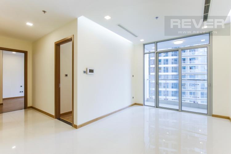 Phòng Khách Căn hộ Vinhomes Central Park tầng trung Park 2 mới bàn giao, view sông thoáng mát