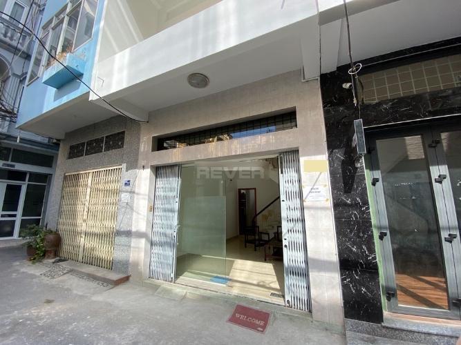 Mặt tiền nhà phố Lê Thánh Tôn, Quận 1 Nhà phố trung tâm Quận 1 nội thất đầy đủ, nằm trong hẻm xe hơi.