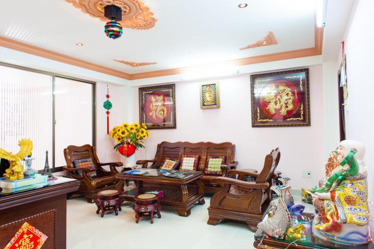 Phòng làm việc Nhà phố Nguyễn Văn Dung 4 tầng kiên cố