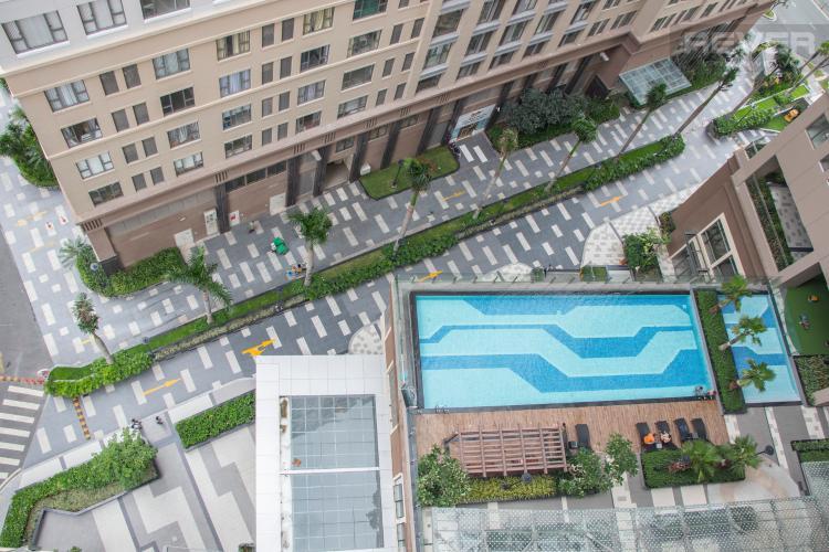 View Bán hoặc cho thuê căn hộ Saigon Royal 2PN, tháp A, đầy đủ nội thất, view hồ bơi