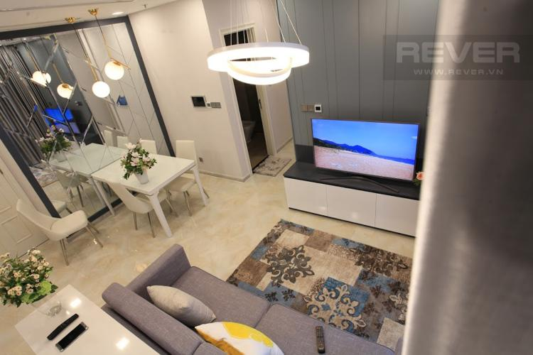 Phòng Khách Bán hoặc cho thuê căn hộ Vinhomes Golden River 2PN, tầng thấp, đầy đủ nội thất, view hồ bơi nội khu