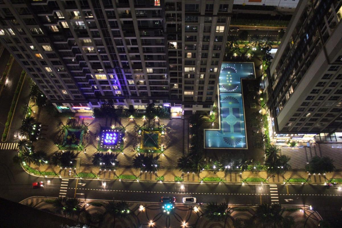 12 Cho thuê căn hộ Vinhomes Central Park 2PN, tháp Park 1, đầy đủ nội thất, view nội khu