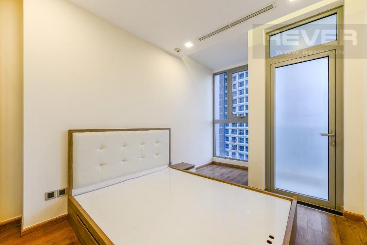 Phòng ngủ 2 Căn hộ Vinhomes Central Park tầng thấp, Park 5, 2 phòng ngủ, view sông