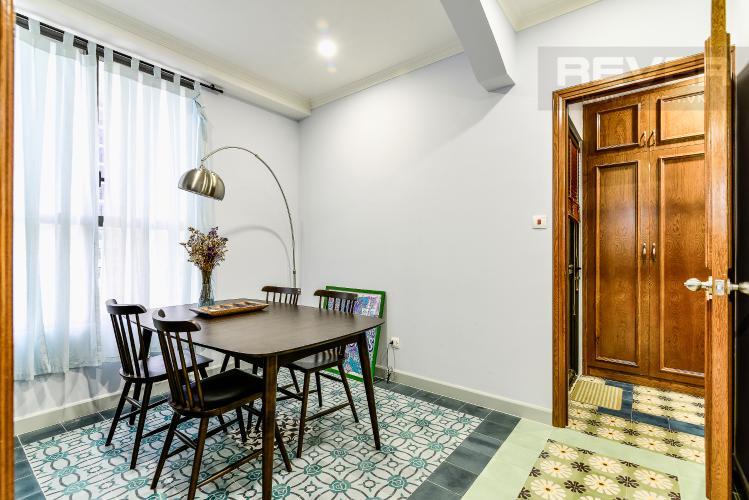 Bàn Ăn Căn hộ Icon 56 tầng thấp, 2 phòng ngủ, full nội thất