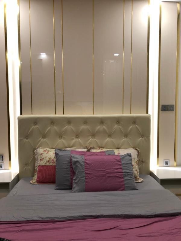 can-ho-VINHOMES-GOLDEN-RIVER Bán căn hộ Vinhomes Golden River 2PN, tầng cao, đầy đủ nội thất, view sông Sài Gòn và Quận 1
