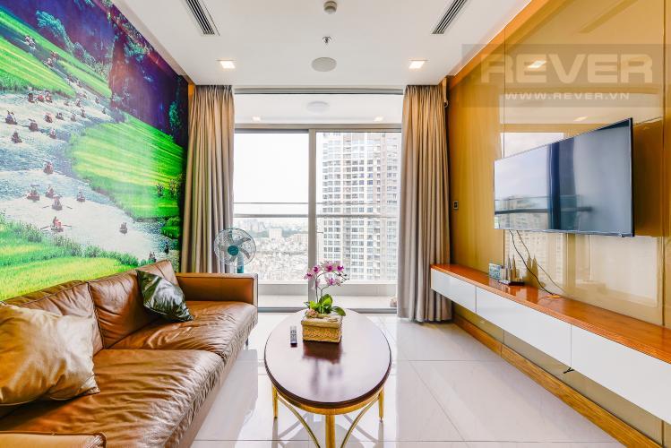 Phòng khách Căn hộ Vinhomes Central Park tầng cao, tháp Park 6, 2 phòng ngủ, full nội thất