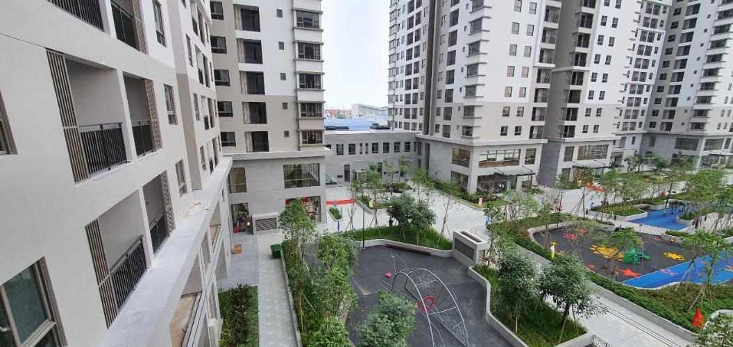 Căn hộ Saigon South Residence Bán căn hộ tầng trung Saigon South Residence, view nội khu hồ bơi thoáng mát, bàn giao nhà thô.