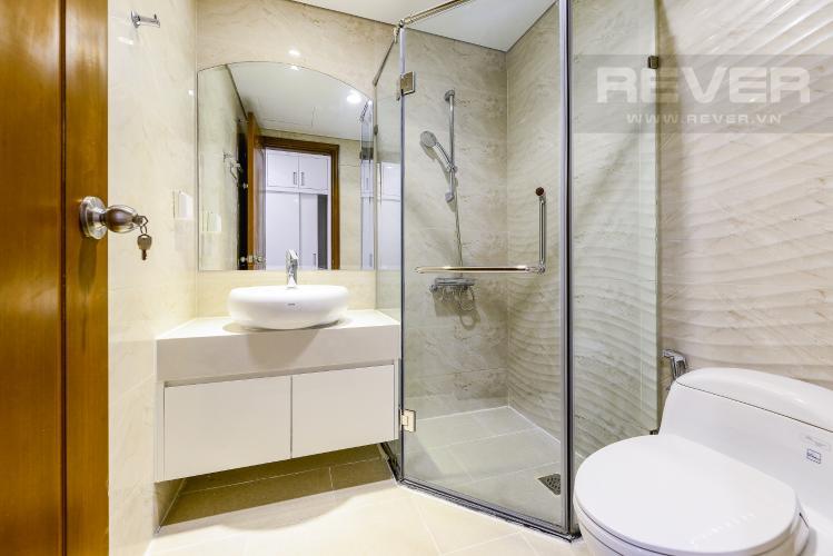 Phòng tắm1 Căn hộ Vinhomes Central Park 3 phòng ngủ tầng cao L4 view sông
