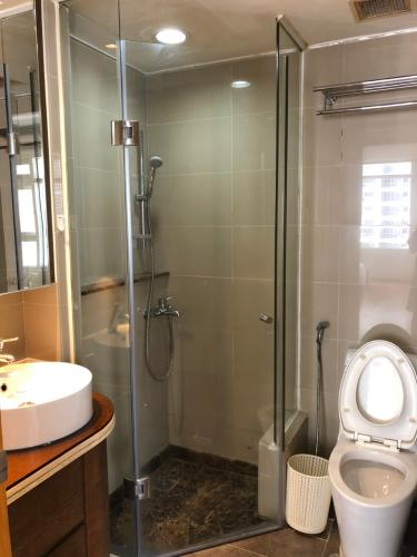 Phòng tắm , Căn hộ Saigon Pearl , Quận Bình Thạnh Căn hộ Saigon Pearl tầng 15 view thành phố sầm uất, đầy đủ nội thất hiện đại.