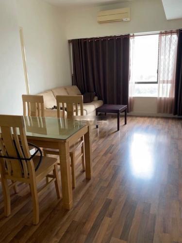 Phòng khách Parkland Apartment, Quận 2 Căn hộ Parkland Apartment đón view nội khu hồ bơi yên tĩnh.