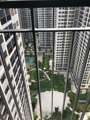 View vinhomes grand park Căn hộ Vinhomes Grand Park tầng cao view nội khu, không nội thất.