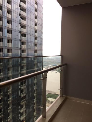Ban công Bán căn hộ 1 phòng ngủ Vinhomes Golden River, diện tích 45m2, thiết kế hiện đại, nội thất cơ bản.