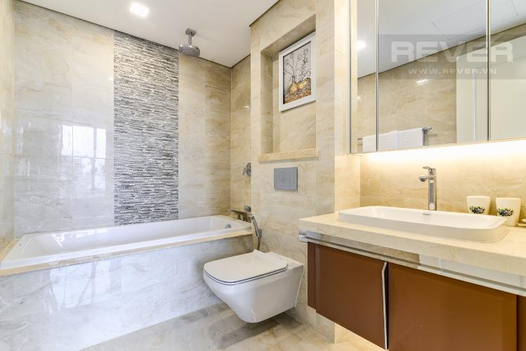 Phòng Tắm 2 Căn hộ Vinhomes Golden River tầng thấp, tháp Aqua 3, 3 phòng ngủ, hướng Đông Bắc, view sông