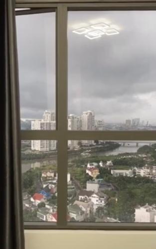 View cảnh căn hộ The Sun Avenue Căn hộ The Sun Avenue tầng cao, đón view nội khu.