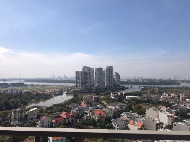 View cảnh căn hộ The Sun Avenue Căn hộ The Sun Avenue tầng trung, view sông và hồ bơi.