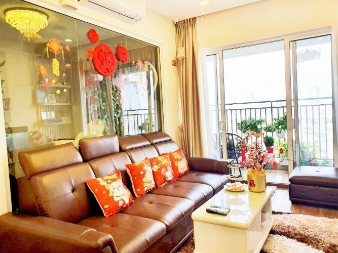 Phòng khách căn hộ Sunrise CityView Căn hộ Sunrise CityView, 2 phòng ngủ, diện tích 99m2, đầy đủ nội thất.