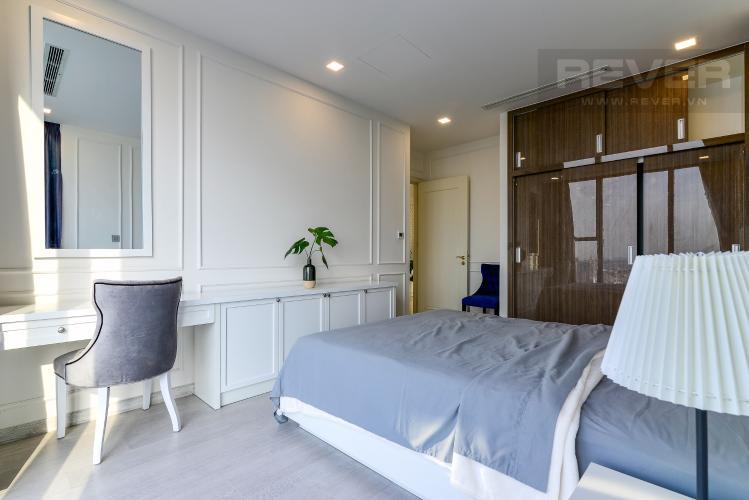 Phòng Ngủ 2 Căn hộ Vinhomes Golden River tầng cao, 3PN đầy đủ nội thất