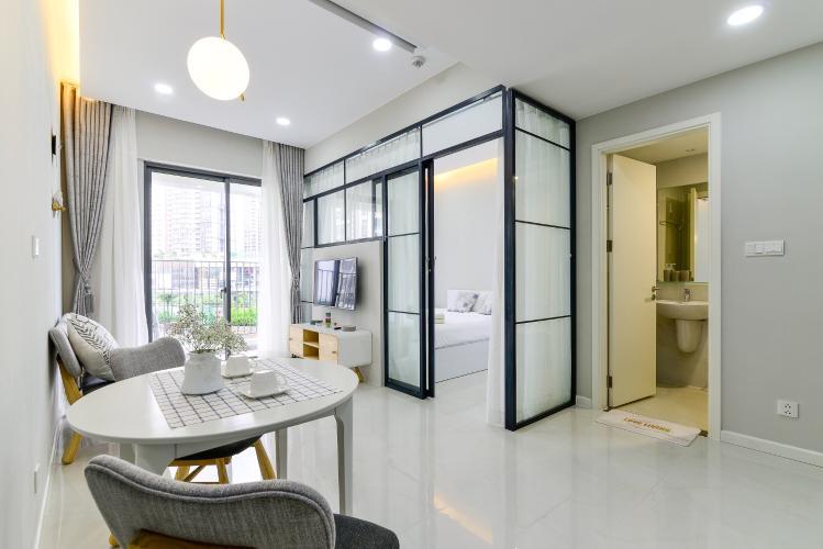 Phòng khách căn hộ MASTERI AN PHÚ Cho thuê căn hộ Masteri An Phú 1PN, tầng 5, đầy đủ nội thất, view hồ bơi