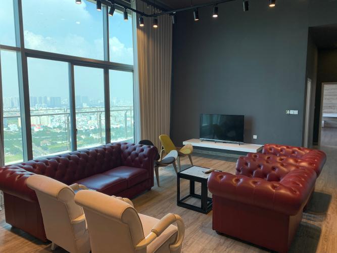 phòng khách penthouse riviera point Căn hộ Penthouse Riviera Point tầng cao lộng gió, đón view thành phố.