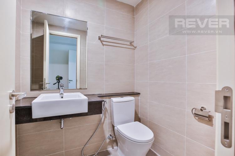 Toilet 1 Căn hộ Vista Verde 2 phòng ngủ tầng trung tháp Orchid nhà trống
