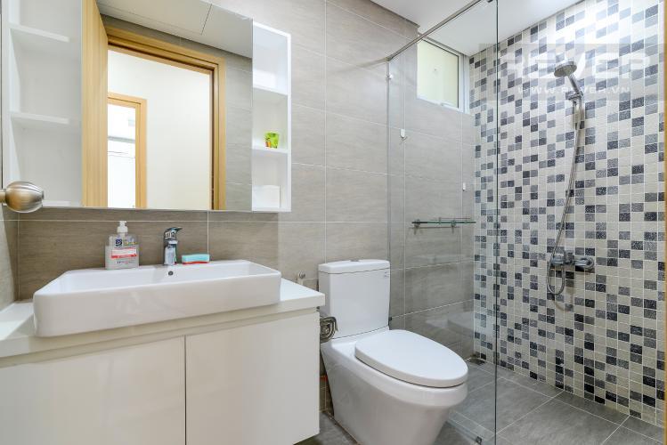 Toilet 2 Cho thuê căn hộ Vista Verde 2PN, tầng cao, đầy đủ nội thất, view Quận 2