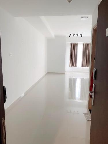 Phòng khách Saigon Mia, Bình Chánh Căn hộ Officetel Saigon Mia nội thất cơ bản, view thoáng mát.