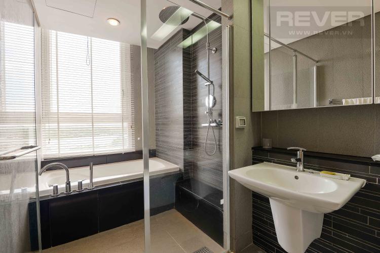 Toilet 1 Cho thuê căn hộ Xi Riverview Palace tầng trung 3 phòng ngủ, đầy đủ nội thất, view sông mát mẻ