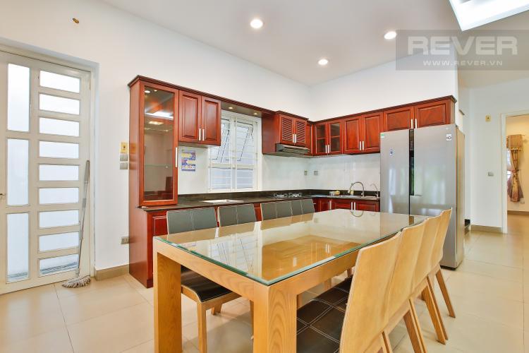 Bếp Cho thuê biệt thự khu Thảo Điền 2 tầng, 4PN, đầy đủ nội thất