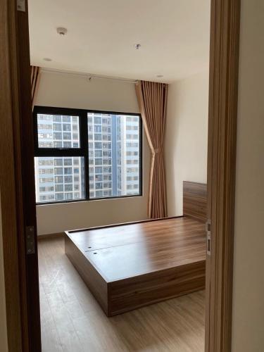 Phòng ngủ căn hộ Vinhomes Grand Park Căn hộ Vinhomes Grand Park thiết kế hiện đại, ban công đón gió.