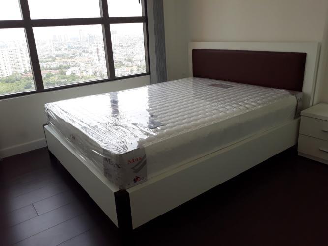 Phòng ngủ căn hộ The Sun Avenue, Quận 2 Căn hộ The Sun Avenue tầng cao đón view thành phố thoáng mát.