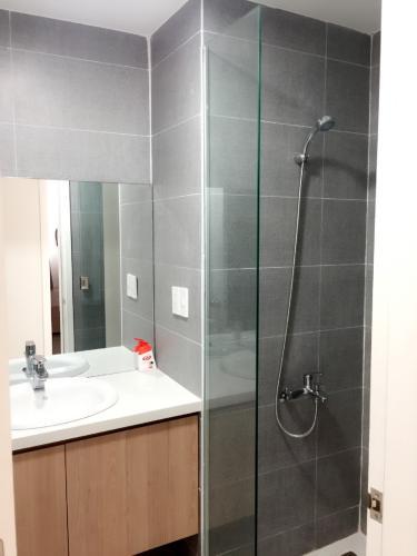 phòng tắm 2 căn hộ  Green Valley Căn hộ 2 phòng ngủ Green Valley nội thất đầy đủ