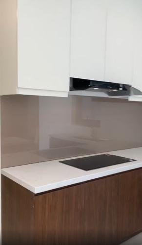 Phòng bếp căn hộ Central Premium, Quận 8 Căn hộ Central Premium tầng 17 nội thất cơ bản, view nội khu mát mẻ.