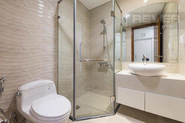 Phòng tắm 1 Cho thuê căn hộ Vinhomes Central Park 3PN, tầng 37 tháp Landmark 5