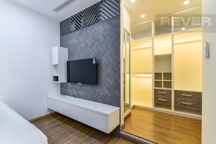 Phòng Ngủ 1 Cho thuê căn hộ Vinhomes Central Park tầng cao, tháp Landmark 2 2PN, đầy đủ nội thất