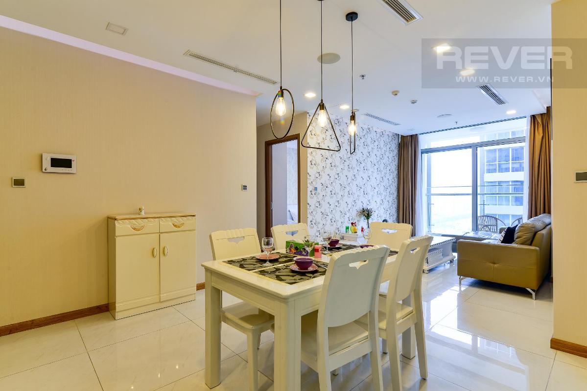 5a7ad836f9b91fe746a8 Cho thuê căn hộ Vinhomes Central Park 2PN, tháp Park 6, đầy đủ nội thất, view mé sông
