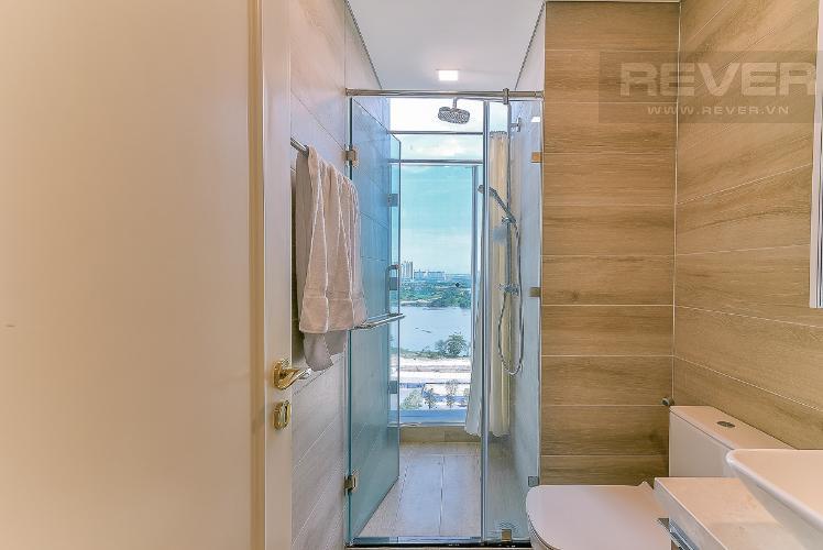 Toilet căn hộ VINHOMES GOLDEN RIVER Bán căn hộ Vinhomes Golden River 3PN, tầng 6, đầy đủ nội thất, view sông rộng thoáng
