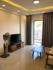 Bán căn hộ The Sun Avenue 3PN, tầng thấp, block 3, diện tích 98m2, đầy đủ nội thất