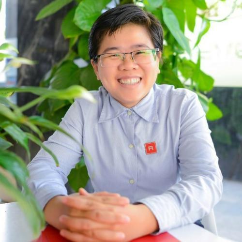 Trần Lê Thị Hồng Cúc Sales Executive