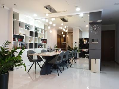 Cho thuê căn hộ Vinhomes Central Park 3PN, tháp Landmark 6, đầy đủ nội thất, view thành phố