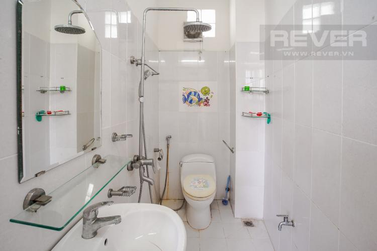 Phòng Tắm 1 Tầng 1 Bán nhà phố tại Nhà Bè, 2 tầng, 4PN, 4WC, sổ hồng chính chủ