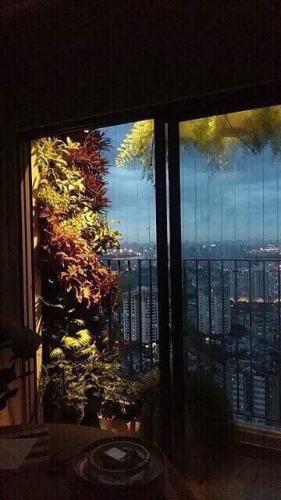 View  căn hộ Masteri Thảo Điền Căn hộ Masteri Thảo Điền tầng cao view thành phố thoáng mát.
