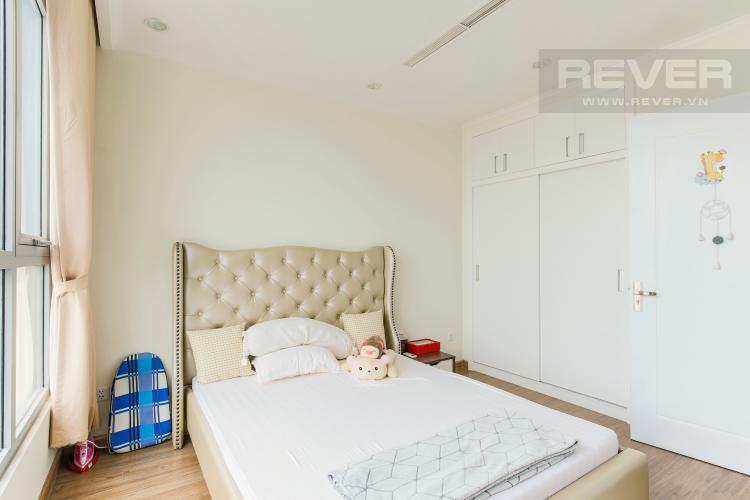 Phòng Ngủ Căn hộ Vinhomes Central Park tầng cao Central 3 đầy đủ tiện nghi