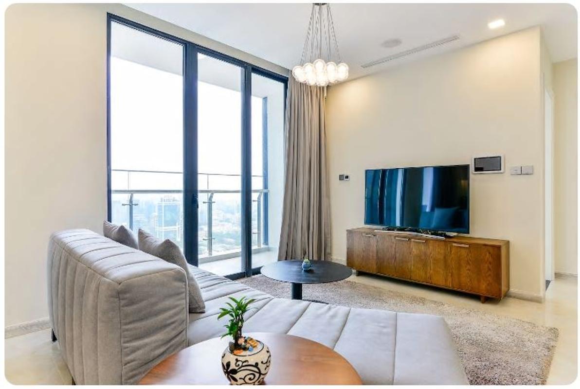 08 Bán căn hộ Vinhomes Golden River 2PN, tháp The Aqua 1, nội thất cơ bản, view sông và Landmark 81