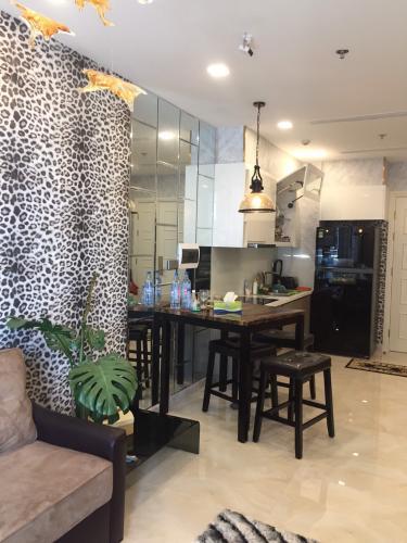 Cho thuê căn hộ Vinhomes Golden River 1PN, tháp The Aqua 1, đầy đủ nội thất cao cấp, view mé sông