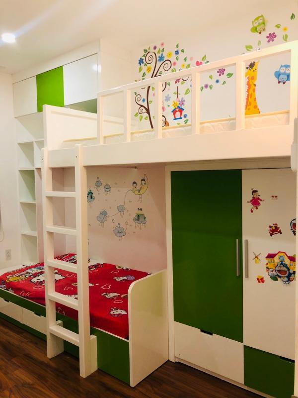 children's room Bán hoặc cho thuê căn hộ Tropic Garden 2PN, tầng 22, tháp C2, đầy đủ nội thất, hướng Tây Bắc