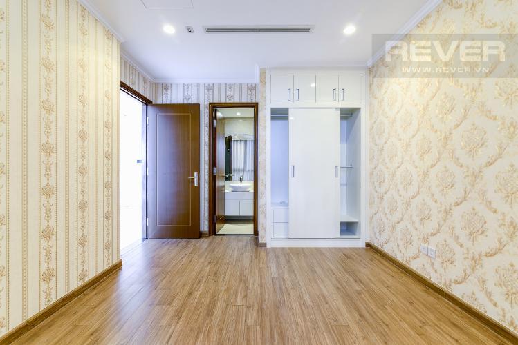 Phòng Ngủ 1 Căn hộ Vinhomes Central Park tầng cao, tháp Landmark 3, 3PN, nội thất cơ bản