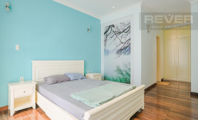 Phòng Ngủ Tầng 2 Nhà phố đường Lê Văn Lương, Quận 7, 3 tầng, nội thất đầy đủ, sổ đỏ chính chủ