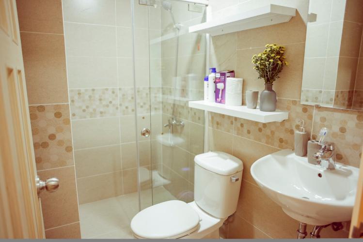Phòng tắm căn hộ OT Masteri Millennium Căn hộ Masteri Millennium đầy đủ nội thất, view sông và thành phố.