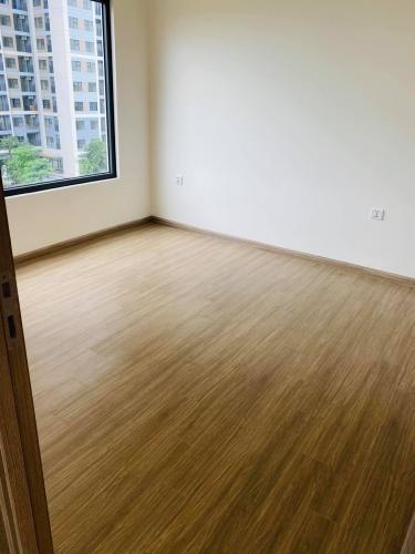 phòng ngủ 2  căn hộ Vinhomes Grand Park Căn hộ Vinhomes Grand Park tầng 16 nội thất cơ bản, view nội khu.