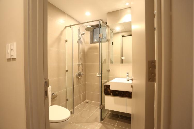 Phòng tắm căn hộ The Gold View Căn hộ The Gold View đầy đủ nội thất sang trọng, view sông mát mẻ.